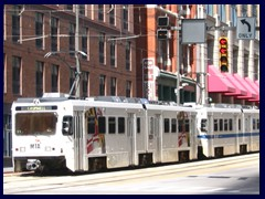 Baltimore_Light_Rail_train_leaving_Baltimore_Street_station