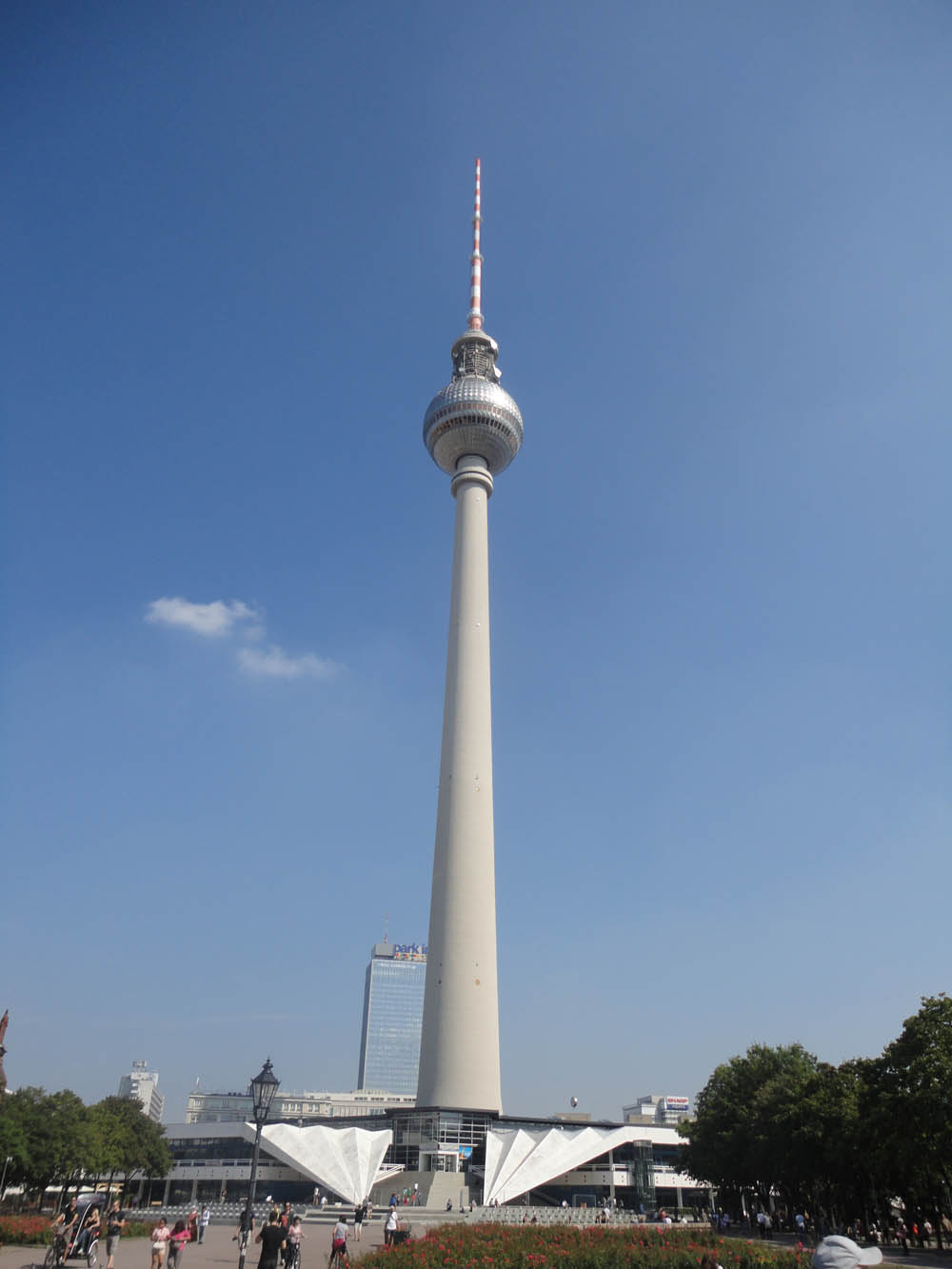Berlin Alexanderplatz Fernsehturm World Clock Marx Engels Forum