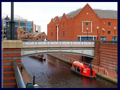 Worcester and Birmingham Canal 03.JPG