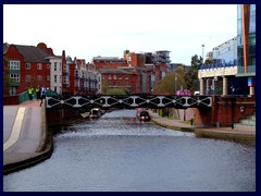 Worcester and Birmingham Canal 09.JPG