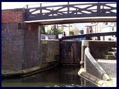 Worcester and Birmingham Canal 24 - sluice