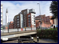 Worcester and Birmingham Canal 25.JPG