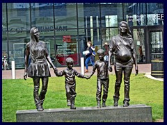 Centenary Square 17 - Family sculpture