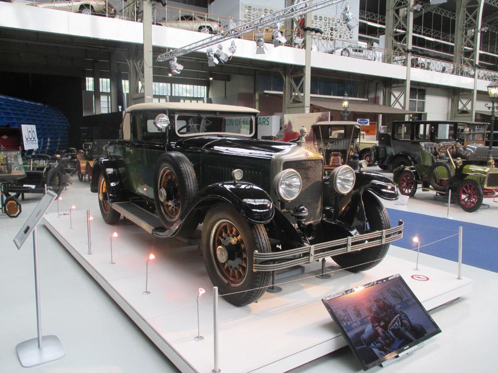 Brussels - Autoworld vintage car museum, Jubelpark