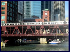 Chicago Architecture Foundation Boat Tour 69 - L train above Wells St