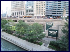 Chicago Riverwalk 014 - Riverwalk Café