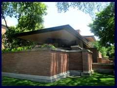 Robie House 05 - built 1910, the greatest example of Praire House style.