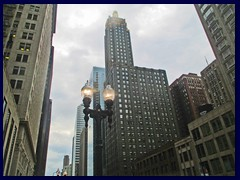 S Michigan Avenue 012  - Carbide and Carbon Bldg, now Hard Rock Hotel