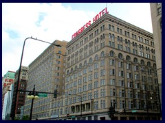 S Michigan Avenue 092 - Congress Hotel