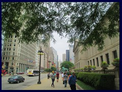S Michigan Avenue 100 - Art Institute