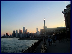 Chicago at sunset - Navy Pier 01