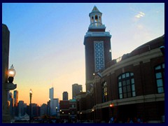 Chicago at sunset - Navy Pier 05