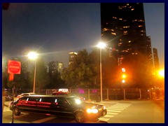 Chicago by night - Navy Pier - Limousine outside Lake Point Tower