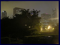 Chicago by night - huge thunderstorm in Grant Park, 10km from a tornado!!!