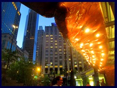 Chicago by night - Magnificent Mile 03 - Cheesecake Factory