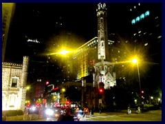 Chicago by night - Magnificent Mile 07 - Old Water Tower