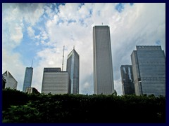 Skyline from the Loop, street level 04 - Aon Center, Prudential Plaza