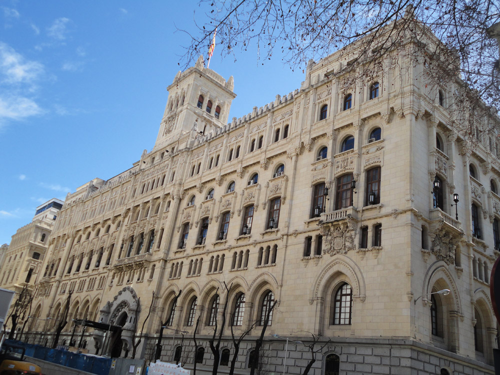 Madrid - Paseo del Prado, Plaza de Cibeles, Plaza de Canovas del Castillo, Pl...