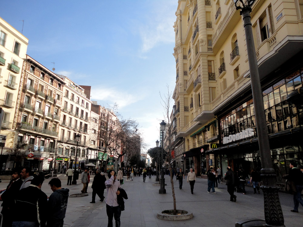 Madrid gran via for Calle sol madrid