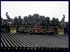 Details of figures on the roof, Ancestral Temple of the Chen Family.