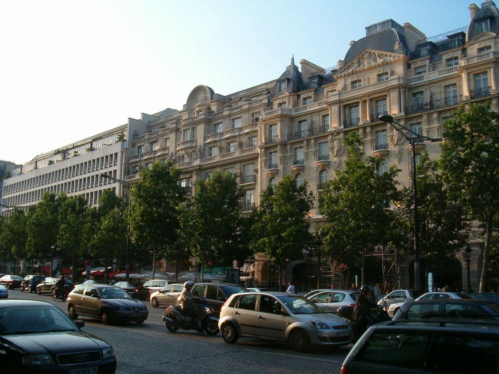 World travel images paris champs elys es for Hotel chaine paris