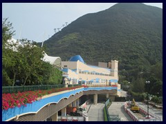 The lower part of Ocean Park is called The Summit. The higher part The Highland.