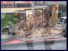 Jade and Buddha are very popular to sell in the stores of Hollywood Rd.SoHo_35