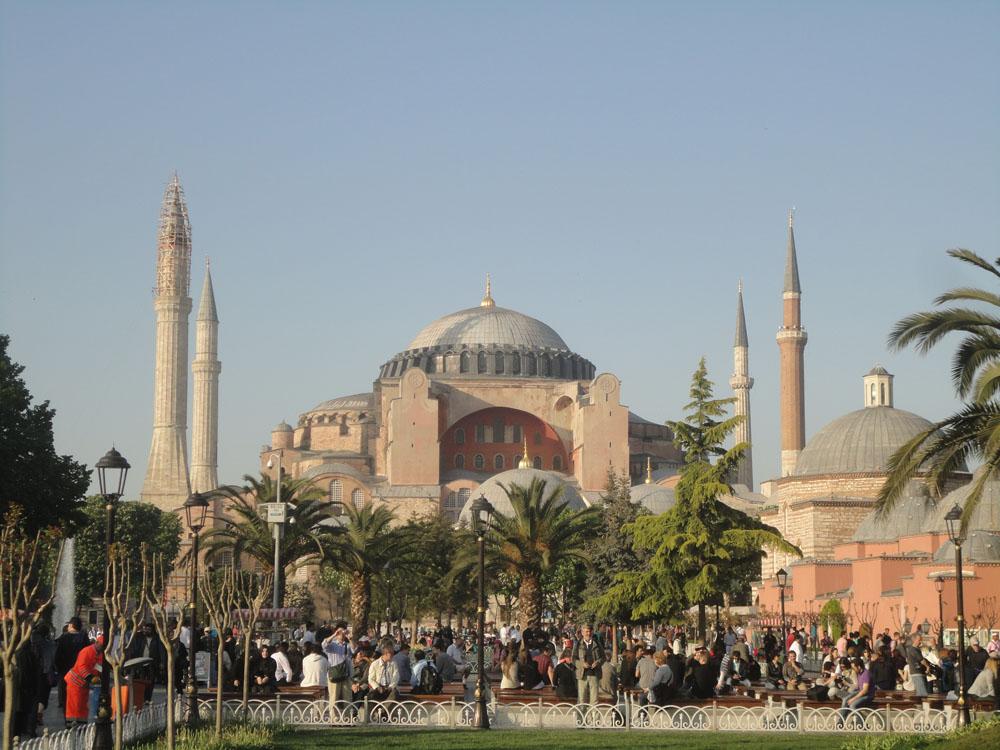 Istanbul - Sultanahmet, Hagia Sophia, Blue Mosque ...