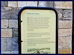 Cliffords Tower 06