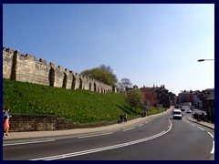 City Wall, Queen St 01